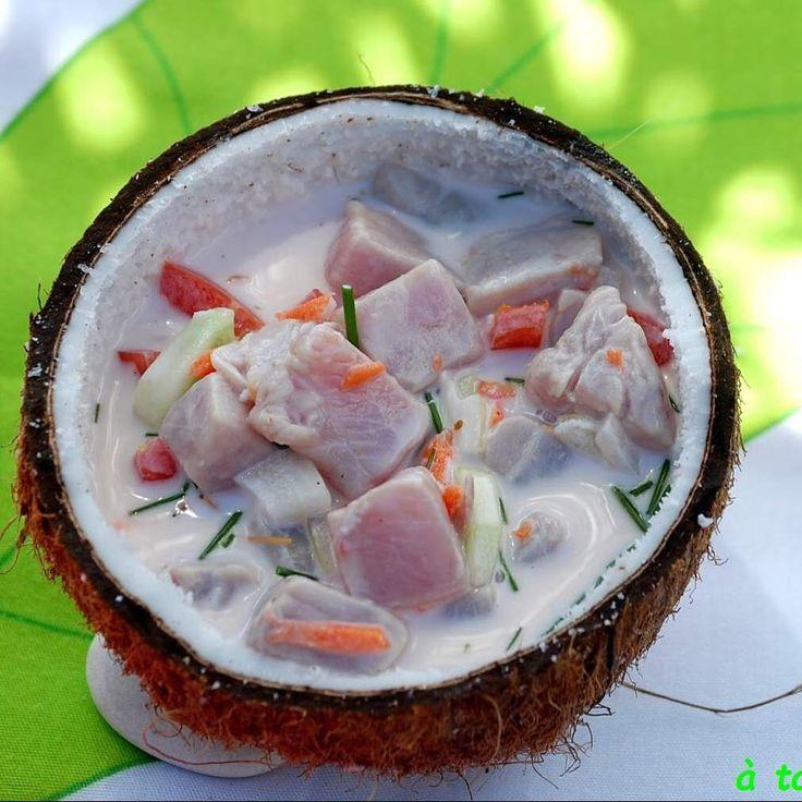 salade tahitienne poisson cru au lait de coco recette poissons et crustac s pinterest. Black Bedroom Furniture Sets. Home Design Ideas