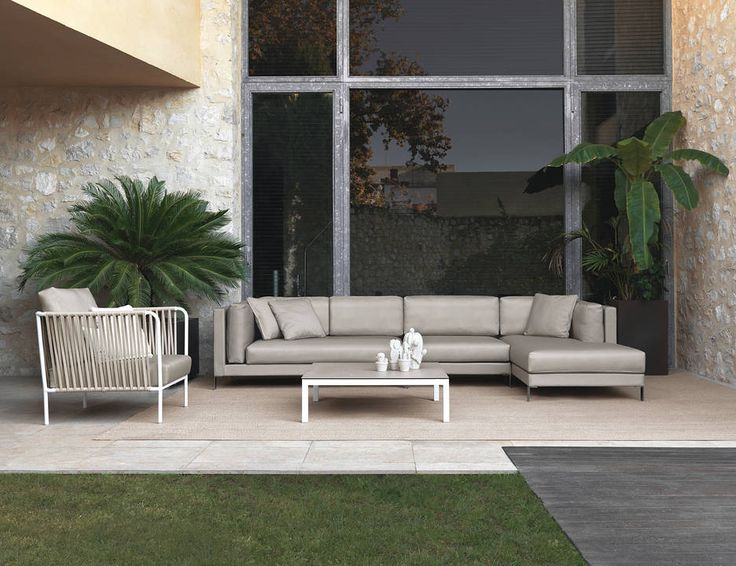 Slim Modular Composition In Taupe Silvertex Pairing With A Nido Armchair, A  Coffee Table With A Porcelain Tabletop And A Great Outdoor Rug Made Of  Polyester ... Part 46