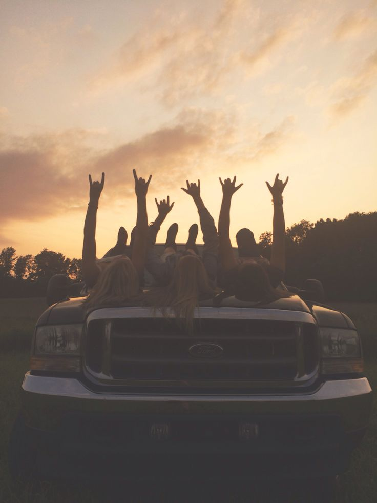 country themed photoshoot with my best friends