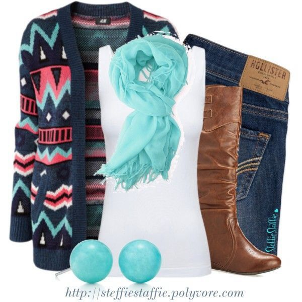 Navy, pink, and teal go good together.