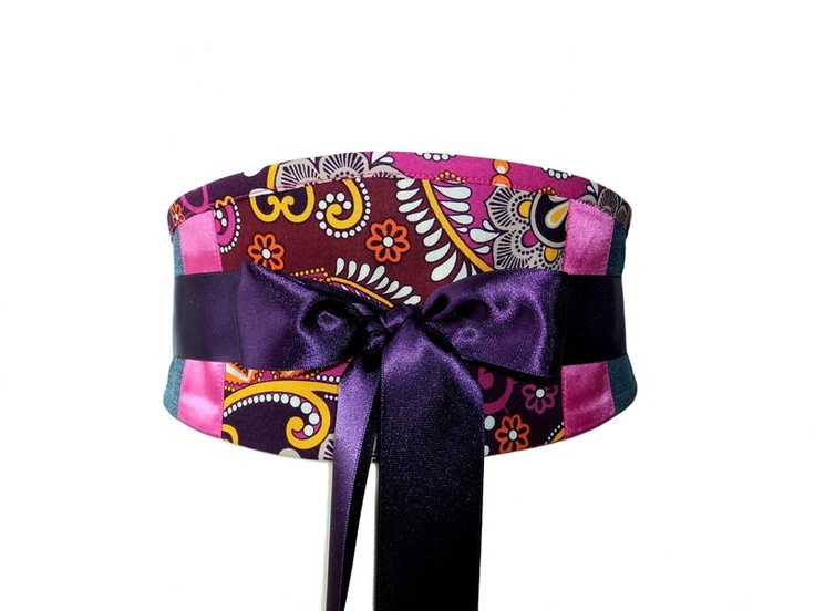 Un accessoire parfait! pour stylisé ces tenues...  ceinture entièrement doublée.Large ruban de satin.