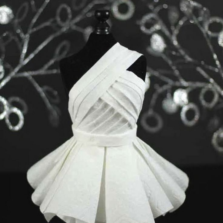 How to create a red carpet dress, worthy of project runway, out of paper towels and tissue!