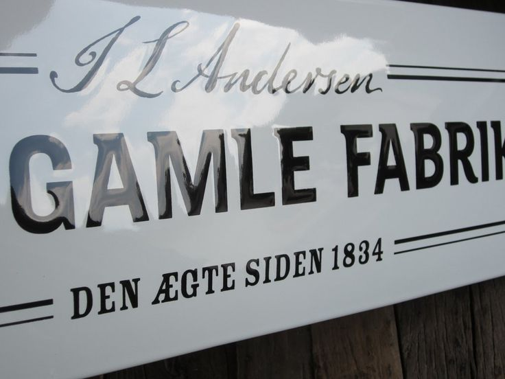 Vintage signs are a perfect way to decorate your house (interior or exterior) in an extraordinary way! https://ramsign.com/blogs/inspiration/vintage-signs