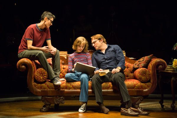 Review: 'Fun Home' at the Circle in the Square Theater - The New ...