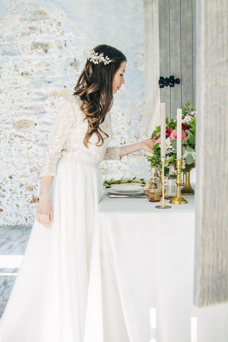 Ты так долго готовилась, к самому важному дню своей свадьбы… Пусть это утро будет самым волшебным и запоминающимся! А нежные фотографии с утра невесты будут напоминать тебе об этом счастливом моменте!  P.S. а если нужна помощь, то мы можешь организовать Утро невесты специально для тебя;) все подробности в лс или на почту ludakryzhanovskaya@gmail.com #ludakryzhanovskaya #ludakryzhanovskayaphotography #wedding #сваедбныйфотографкиев #свадебныйфотографодесса #свадебныйфотографкраков #love…