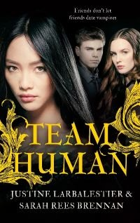 Mel, Cathy and Anna have passed vampires on the street, but they don't know any. Vampires stick to their own kind, and Mel and her friends hang out with other humans - until a vampire boy shows up at school and captures Cathy's heart. How can Mel convince Cathy that life with a vampire is no life at all? And where does Kit fit in? In the end, who will choose...Team Human?