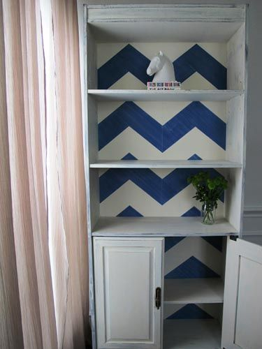 Bloggers DIY Furniture Projects - Best Furniture Makeovers - Country Living That cabinet is gorg...wouldn't fit with my decor...well maybe in the dining room or hall...