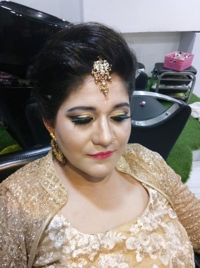 Shyam Makeup Artist Is A Makeup And Hair Based Out Of Gurugram