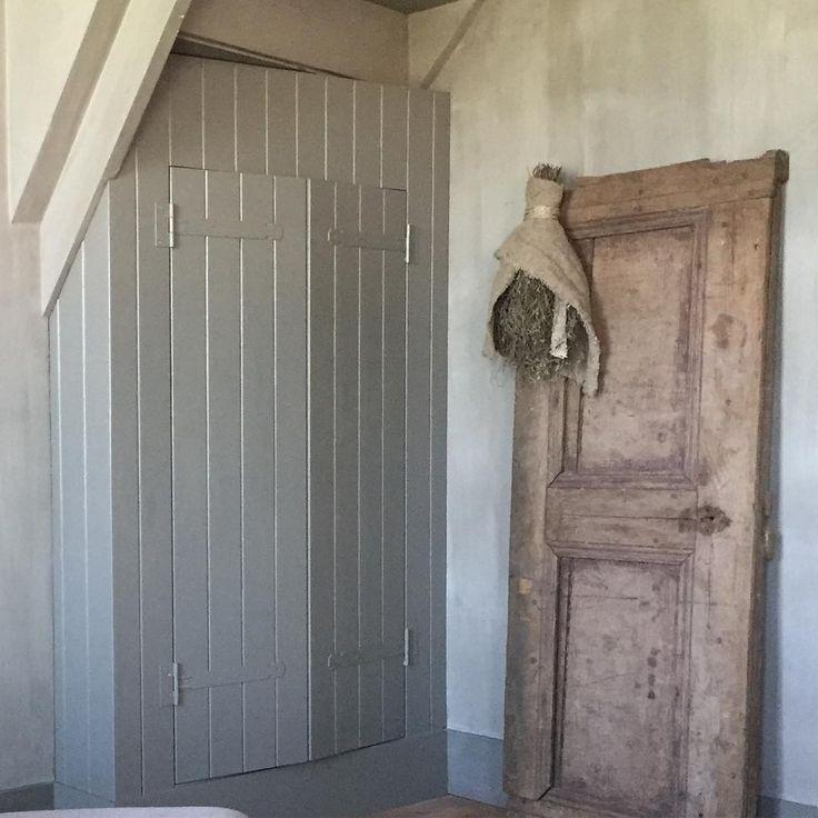 182 vind-ik-leuks, 52 reacties - Styling naar je Hart (@lidaklever) op Instagram: 'Een hoop extra opbergruimte erbij onder de trap in de kamer. Het was eerst een loze ruimte waar een…'