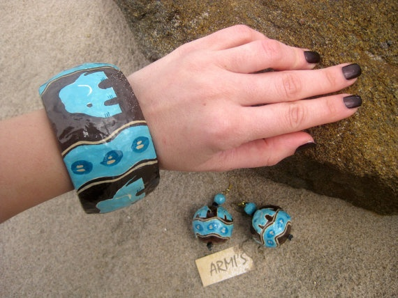 18 best papier m ch jewelry images on pinterest for How to make paper mache jewelry