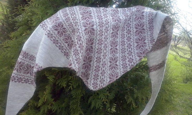 Shoulder kerchief