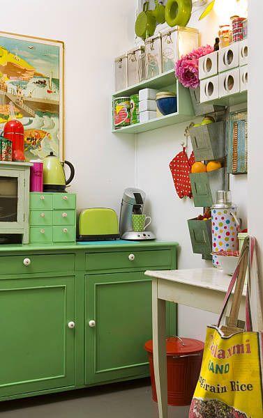 love when cabinets are a fun color