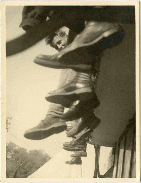 Vintage b&w snapshot- composition