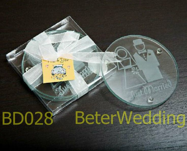 BeterWedding favor wholesale Bride and Groom glass coaster BD028 use as party decoration wedding favours ,gifts  #weddingfavors, #babyshowerfavors, #Thank you gifts #weddingdecoration #jars #weddinggifts #birthdaygift #valentinesgifts #partygifts #partyfavors #novelties #Souvenirs #BeterWedding