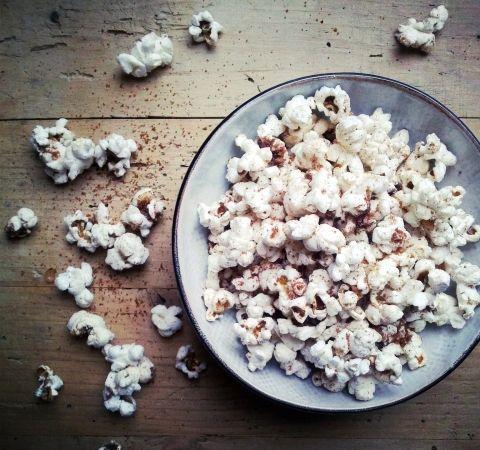Kaneel-Cayenne-Popcorn - zoet & roze