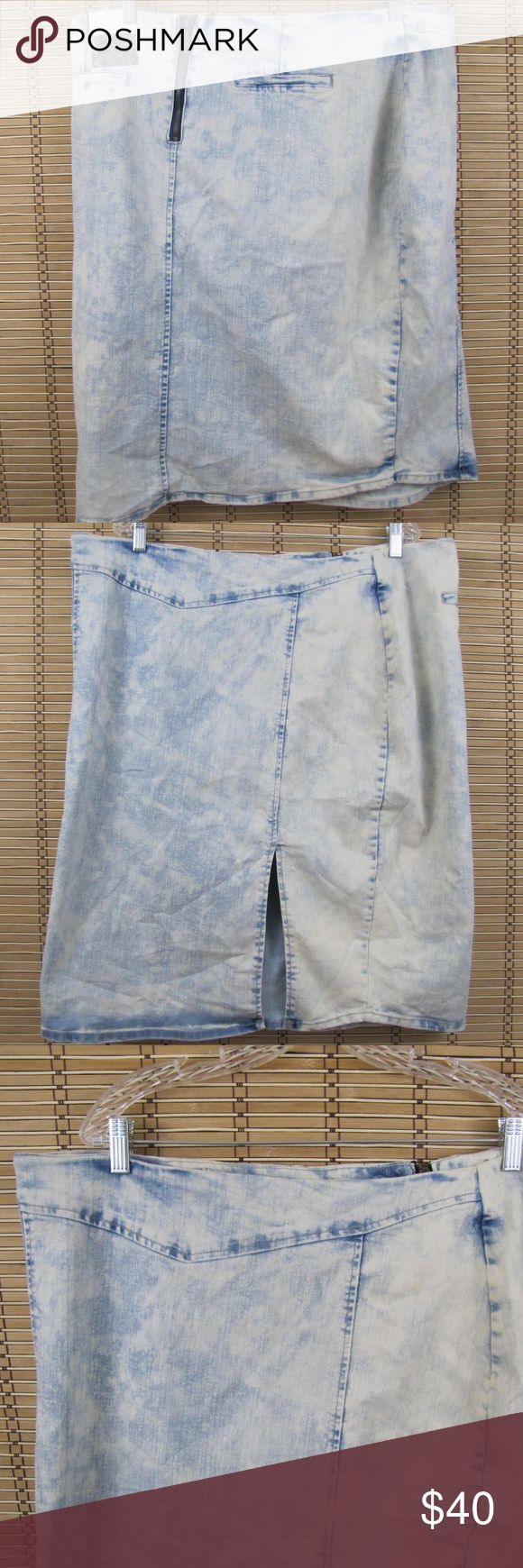"""NWT Montana Jeans Acid Wash Front Slit Skirt Inventory #D143  This item is in Excellent Condition!  Acid Wash, front slit, back zipper  Cotton, Polyester & Elastane  Women's Sz 3X  Waist: 40""""  Length: 26""""  Flare:  22"""" wide  Slit:  10"""" Montana Jeans Skirts Midi"""