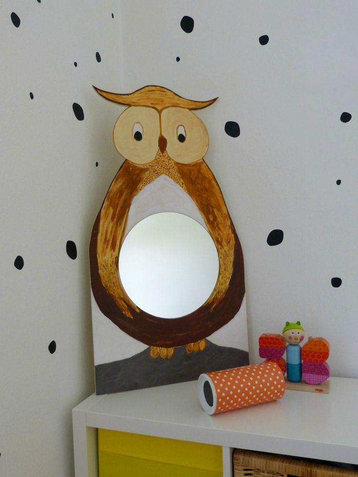 DIY-Kinderspiegel: Sperrholzplatte zu einer Eule ausschneiden, bemalen und…