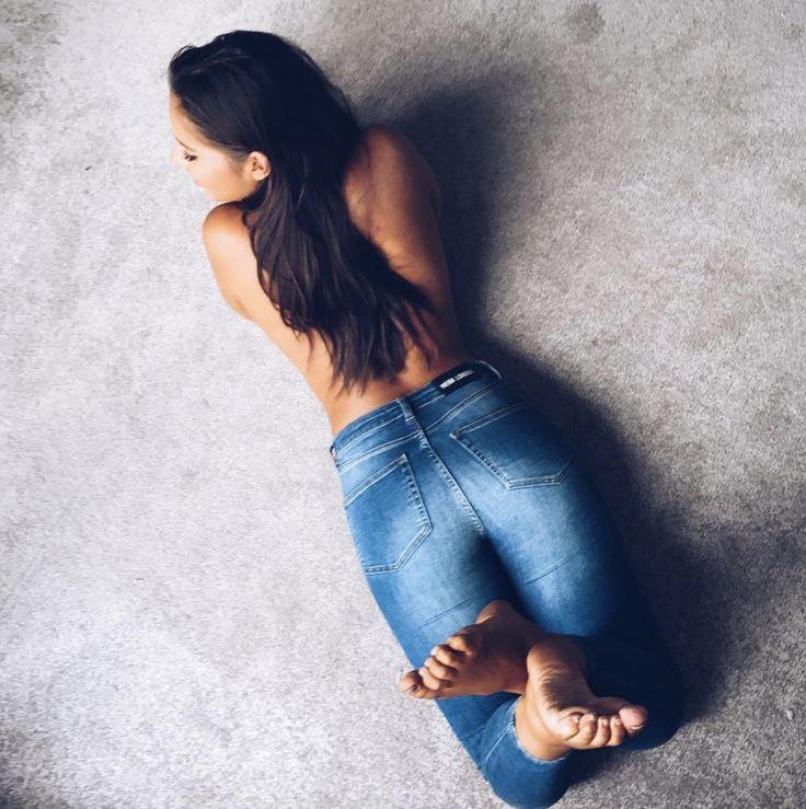 HERA Jeans -  #hera #heralondon #skinnyjeans #denim #womenswear