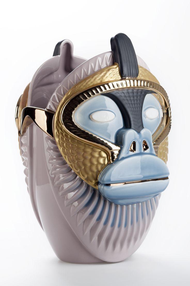 8 best ceramic vases primates images on pinterest ceramic vase contemporary art reviewsmspy