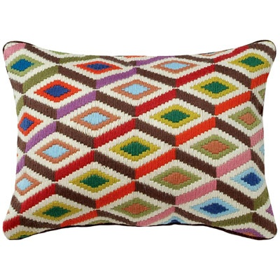 Needlepoint Pillow Decoration Perhaps Crossword : 379 best bargello embroidery images on Pinterest Bargello needlepoint, Stitches and Costura