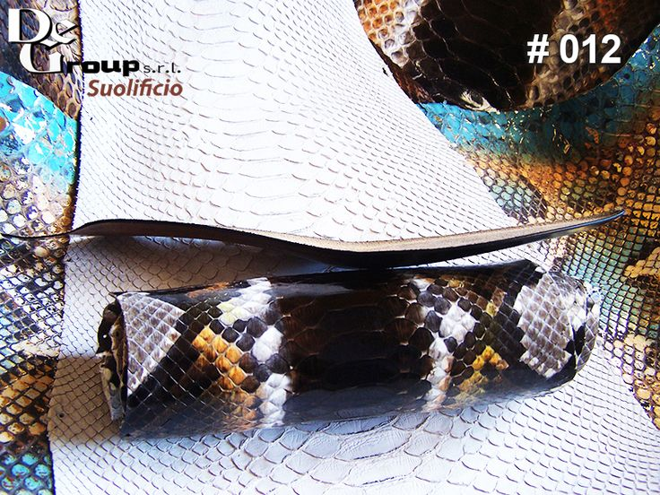 Give in to the temptation of a sole that wraps your foot.🔝💫 Visit >>> http://buff.ly/2knsGRI  #fashionable #instastyle #instafashion #suolificiodegroup #styles #stylish #swag #classy #madeinitaly #loveit #ootd #suola #cuoio #verocuoio #leather #suolificio #womensfashion #womenstyle #instawoman #shoesfashion #shoestagram #scarpe #scarpedonna #womenaccessories #accessories #sole