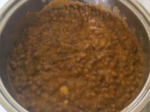 Mennyei Mustáros lencsefőzelék, füstölt csirkecombbal recept! Finom pikáns egyszerű főzelék.