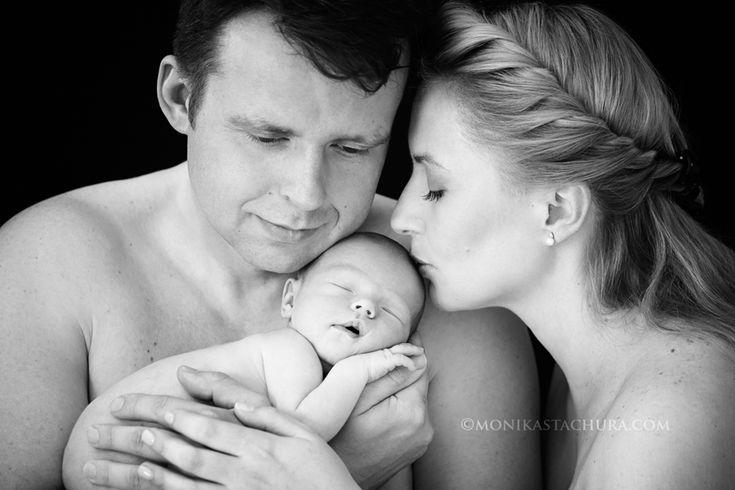 Newborn with parents/ Monika Stachura Photography