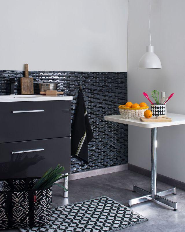 1000 id es propos de relooker sa cuisine sur pinterest refaire le placard de cuisine. Black Bedroom Furniture Sets. Home Design Ideas
