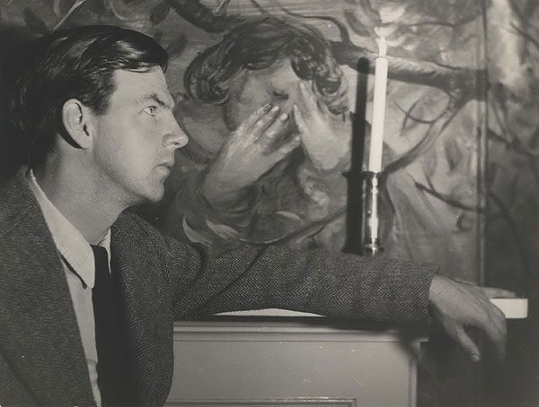 Arthur Boyd with the woman in his mural pictures 1950.