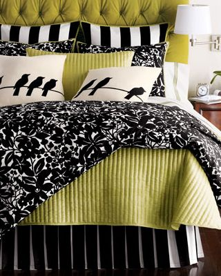 I just love black, white, and green together!Decor Ideas, Birds Pillows, Black White And Green Bedrooms, Bedrooms Colors Black, Master Bedrooms, Bedrooms Black White Green, Green Black And White Bedrooms, Bedrooms Colors Schemes Black, Bedrooms Ideas