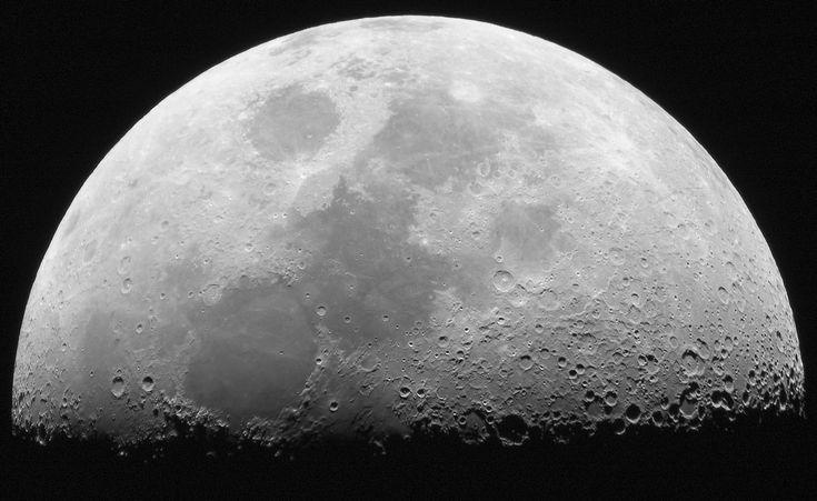 Por qué ha cambiado el eje de rotación de la Luna