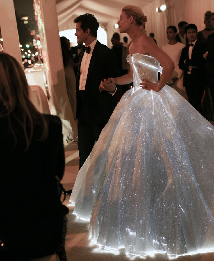 Magic Moment: Claire Danes in a Zac Posen ballgown - Met Gala 2016 - #GlowingGown - phil-oh-met-gala-2016-31