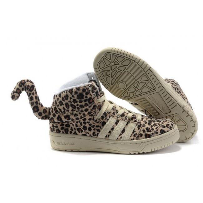 Femmes adidas Originals x Jeremy Scott Leopard Tail Chaussures 88,00 € http://www.jeremyscottvip.com/fr/
