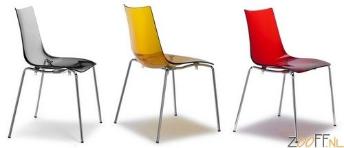 Scab Design Zebra 4 AS stoel - De Scab Design Zebra 4 AS is een designstoel gemaakt van recyclebaar polycarbonaat. De Zebra 4 AS is een zeer stevige en stabiele stoel en is daarnaast stapelbaar tot 4 stuks. De designstoel is verkrijgbaar bij Zooff in acht verschillende modellen.