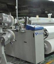 Serat yang digunakan dalam pembuatan kain rayon viscose berasal dari polimer organik yang memiliki unsur kimia karbon, hidrogen, dan oksigen, sehingga disebut serat semi sintetis karena tidak dapat dikategorikan kedalam serat alami atau serat sintetis.