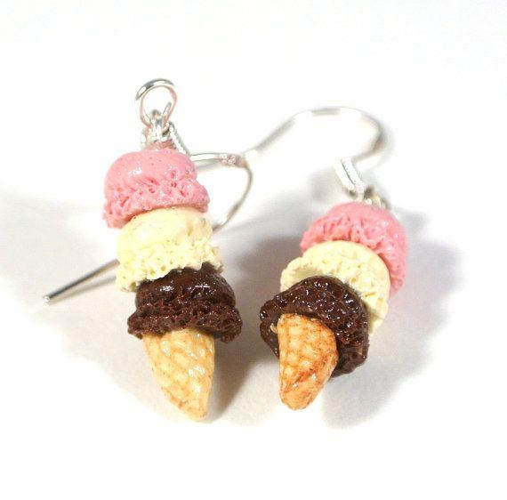 Three scoop Neapolitan ice cream earrings, Ice cream earrings, polymer clay earrings, Polymer clay charms, Food jewelry, Neapolitan colour,
