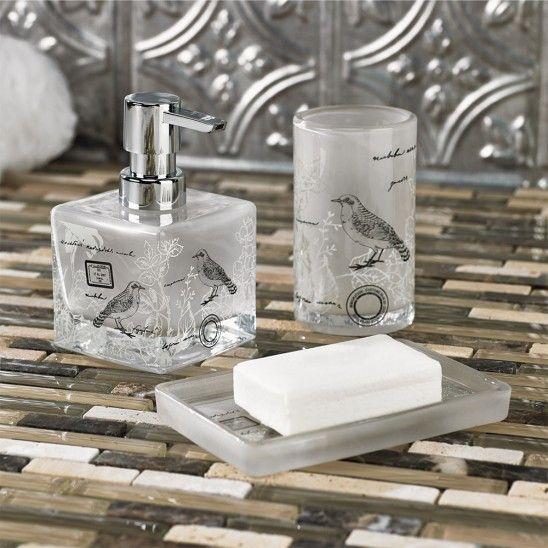 Dorval bath collection patterns bath accessories for Accessoires de salle de bain linen chest