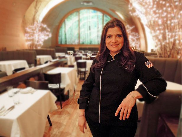 Newly crowned Iron Chef Alex Guarnaschelli gives a tour of Butter Restaurant in New York City, where she's the executive chef. -- Been dying to go here for years