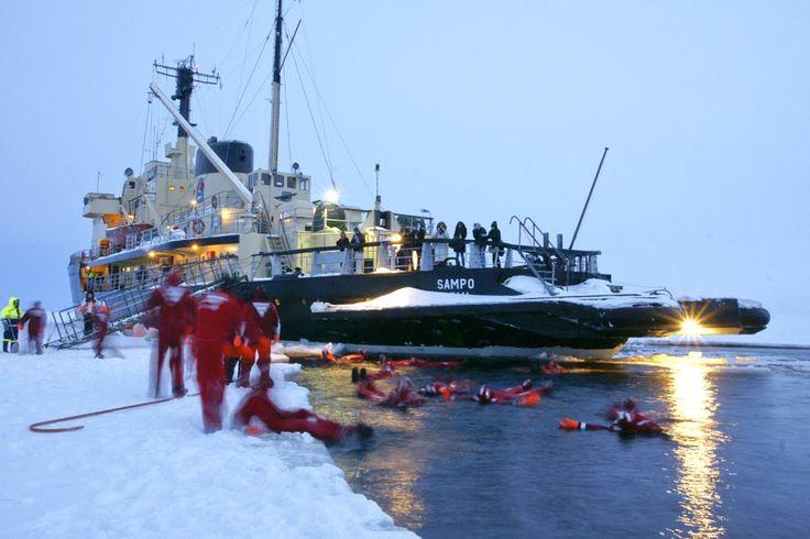 Sampo Arctic Icebreaker - Ice Swimming!