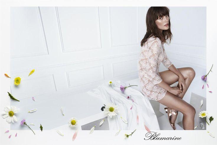 Blumarine SS2015 | Moda, arte e fotografia per la nuova campagna - Moda, arte o fotografia? Nella campagna pubblicitaria Primavera-Estate 2015 Blumarine i confini di assottigliano e scompaiono del tutto... - Read full story here: http://www.fashiontimes.it/2015/01/blumarine-spring-summer-2015-moda-arte-e-fotografia-per-la-nuova-campagna/