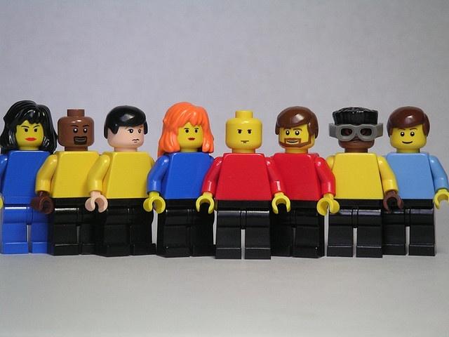 Star Trel Lego - TNG Crew
