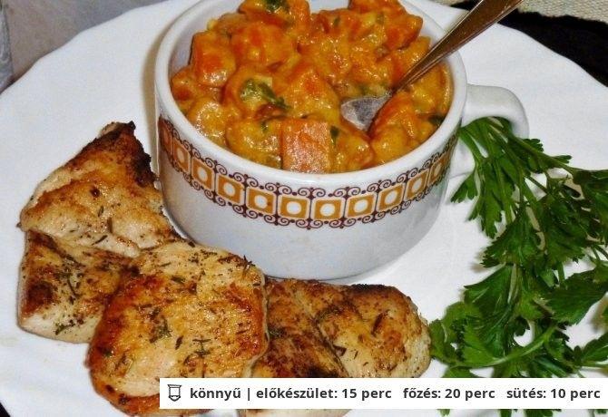 Csirkemell filé sütőtökös répával