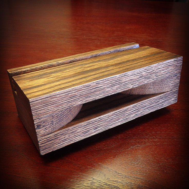 Wooden iPhone Passive Speaker Dock by LakynAvenue on Etsy https://www.etsy.com/listing/217471546/wooden-iphone-passive-speaker-dock