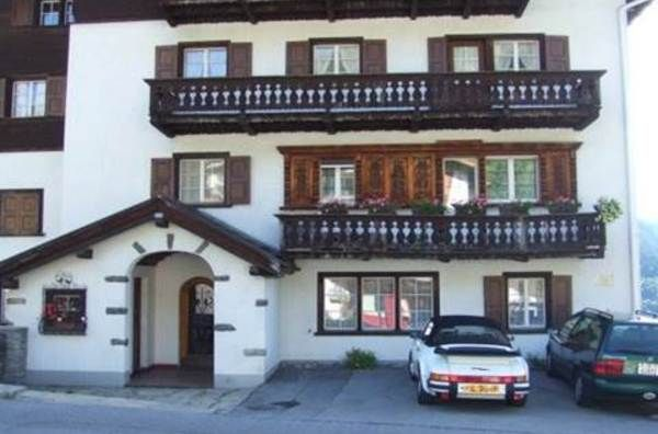 Charming apartment in alpine resort of Klosters