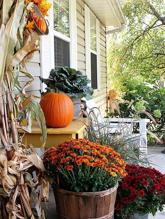 Easily achieve a farmhouse look this fall with a few simple accessories.