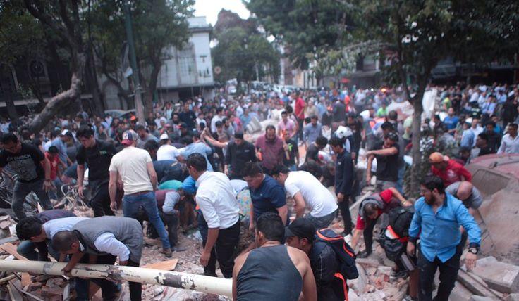 Esto es México. Frente a tragedia, manos mexicanas se unen para apoyar a los hermanos caídos. El   Fotos de Pablo Ramos @doncaiman