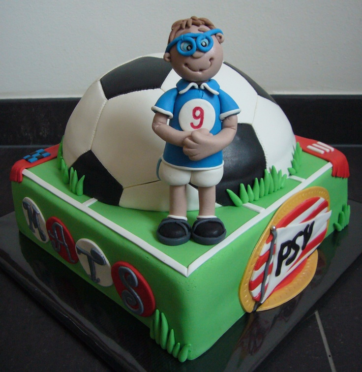 64 Best Images About Soccer Cakes On Pinterest Football