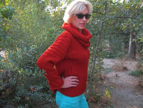 Hand Knit Women's crewneck sweater and scarf made by BANDofTAILORS