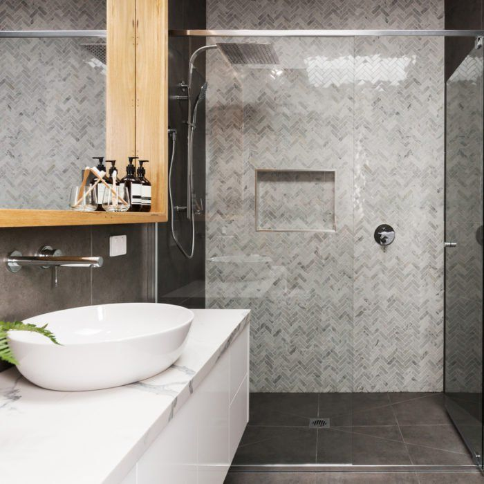 52 Things That Can Make Your Home Look More Expensive With Images Bathroom Design Small Bathroom Trends Small Bathroom Trends