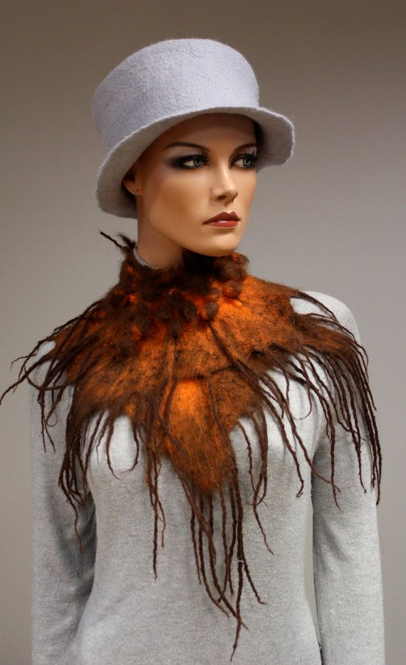 Wool scarf Collar 'Chocolate Persimmon' van doseth op Etsy, €50.00